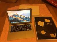 "Excellent MacBook Air 13"" i5 1.3Ghz/4GB RAM/256GB SSD/ boxed"