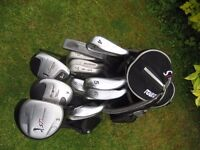 ST. ANDREWS GOLF CLUBS IN BAG WITH STAND