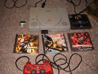 PLAYSTATION 1 WITH 4 TOP GAMES