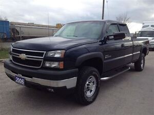 2006 Chevrolet SILVERADO 2500HD Ext Cab | Long Box | 4WD