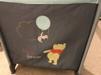Travel Cot: Winnie the Pooh