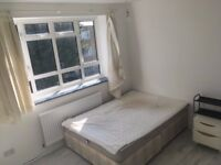 Double & Single rooms available in lovely spacious N15 flat newly painted & refurbished