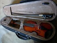 rare 1/16 size violin with bow and case -lovely little instrument for the very young (3-5)