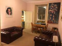 Lovely 2 Bedroom Flat in the Heart of Edinburgh