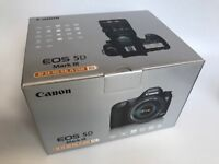 Canon EOS 5D Mark III with EF 24-105mm and accessories