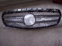 A CLASS MERCEDES BENZ FRONT GRILLE2014