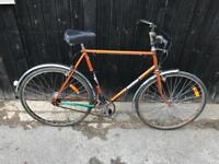 Vintage Raleigh Esquire Gents Town Bike. Serviced, Good Condition, Free Lock, Lights, Delivery
