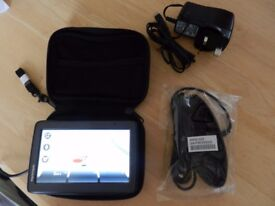 TOMTOM SATNAV with voice control.. (LIKE NEW CONDITION)