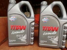 2 x 5 litres of Fuchs titan 15W 40 Engine Oil