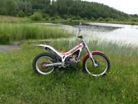Beta techno trials bike