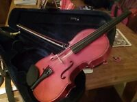 Full size violin for sale. Would suit beginner or improver.