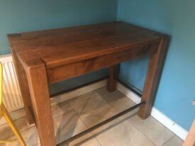 Solid Breakfast Bar/ Kitchen table with 3 stools