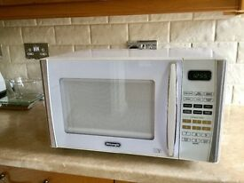 DeLonghi Microwave White