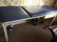 Medical/massage table