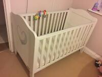 White Cot Bed / Toddler Bed