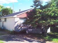 bungalow Alexandria Ontario