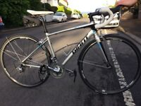 Giant Defy 2 Road Racing Bike (totally as new condition)