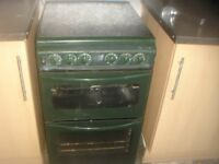 very nice clean gas cooker green