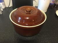 Casserole dish.Contact 07597533907