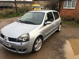 extremely low millage stunning Clio sport 172 182 for sale fully loaded