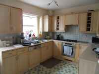 PINNER 3/4 BED TOWN HOUSE TO LET