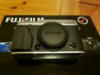 Fujifilm fuji X-E2 X-E 2 body only cheapest on Gumtree