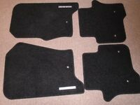 Land Rover Discovery Carpet Mats full sett 4 culour black
