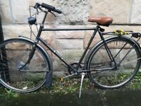 Vintage 21' Gazelle Primeur Dutch town bike for restoration