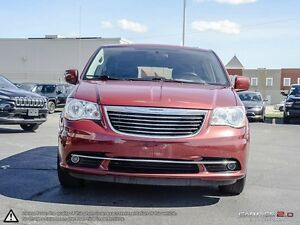2014 Chrysler Town & Country Touring Cambridge Kitchener Area image 3