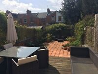 Fully furnished beautiful 3 bedroom house in Abington. Beautifully fully furnished. Private garden.
