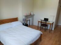 Studio Flat in 3 Dean Rd - Willesden Green