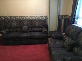 *AS NEW* Fully Scotch Guarded 3 piece suite - 3 seater, 2 seater sofas and footstool/cushions settee