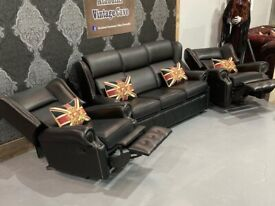 Immaculate Saxon Chesterfield 3 Seater sofa & 2 Recliner Chairs in Black Leather - Uk Delivery