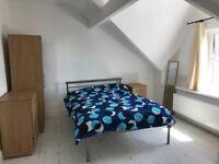 1 room available at 96 King Edward
