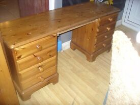 Long Pine Dressing Table