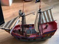 Playmobil pirate ship /supermarket