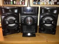 Sony hifi stereo system with iPod docking station