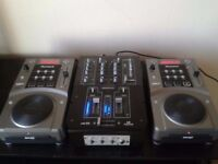 2 x Numark ARC 3 CD/MP3 Decks + DJ Mixer + Flight Case + Cables