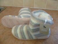 Ladies Slippers/Booties Size 5, Brand new with tags