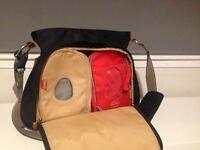 Paca pod Portland change bag