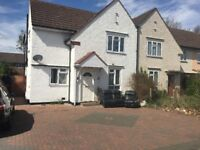 5 Bed HMO Property To-Let in Hayes