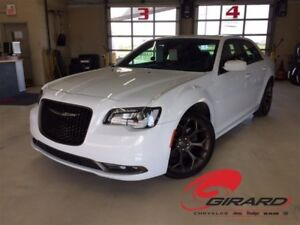 2017 Chrysler 300 S BRONZE*TOIT PANO*MAGS 20''*GPS*CUIR*CAM?RA +