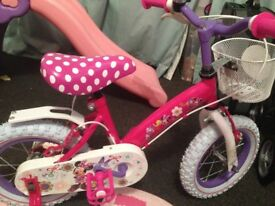 Immaculate condition Never been used Minnie Mouse bowtastic bike