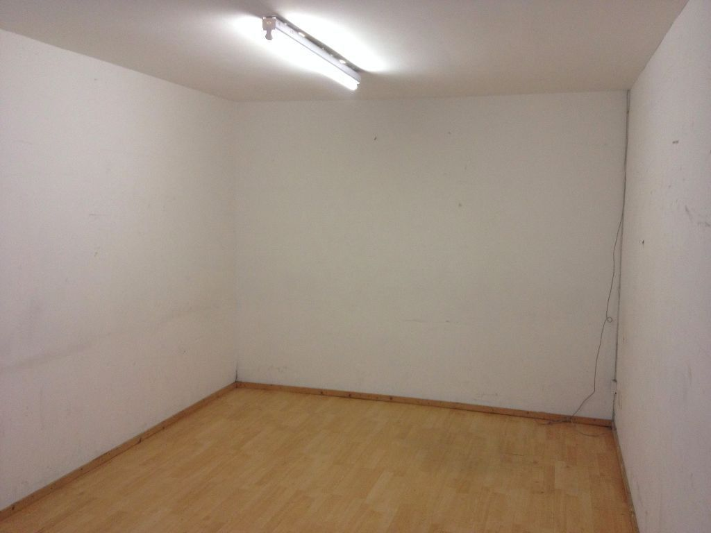 sq ft in london commercial property to rent gumtree