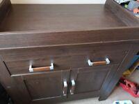 Bonito Bebe Lexington (Walnut) 3 piece Nursery furniture set