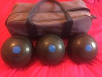 Drakes pride bowls bag and x3 r w hensell and sons professional bowls