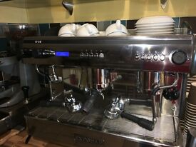 FOR SALE 4 MONTHS OLD COFFEE MACHINE AND FREEZER