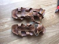 Clarks size 6 sandals