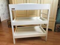 East Coast Clara Baby Changer / Change Table (White)