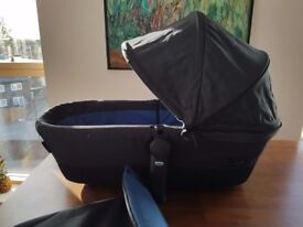 Cybex Priam Carrycot (Midnight Blue) 2 months old - barely used